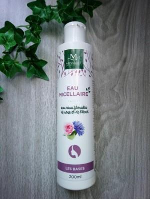 eau micellaire aux eaux florales de rose et de bleuet Laboratoires Mességué